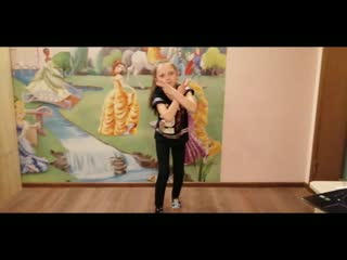 Танец пальцами тик ток