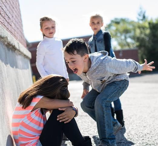 «моему терпению пришёл конец»: как я остановила буллинг в классе сына — wonderzine