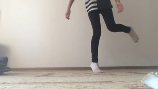 Как танцевать в социальнойсетитик ток ✩ tikstar.ru