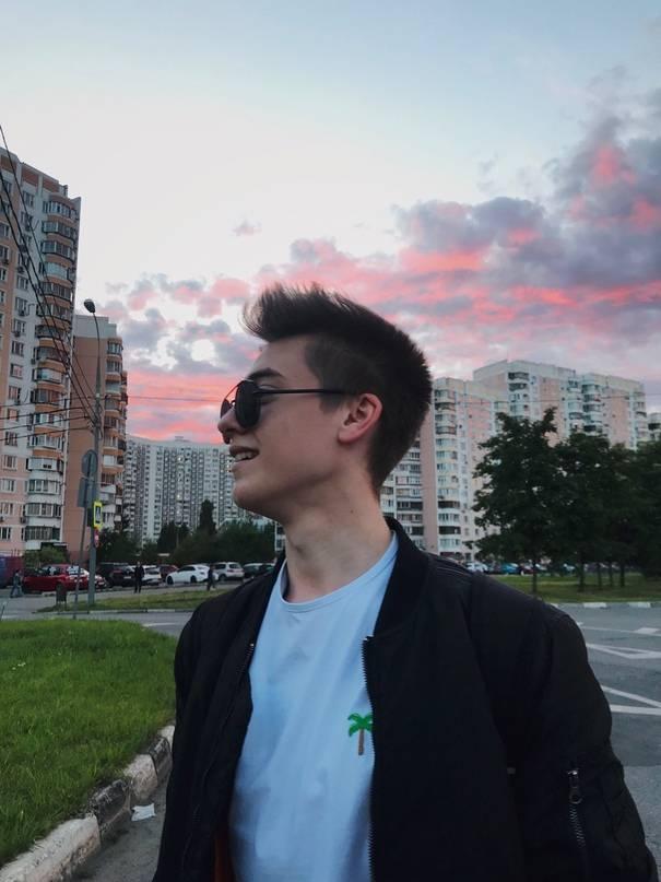 Тиктоки самых красивых парней ✩ tikstar.ru