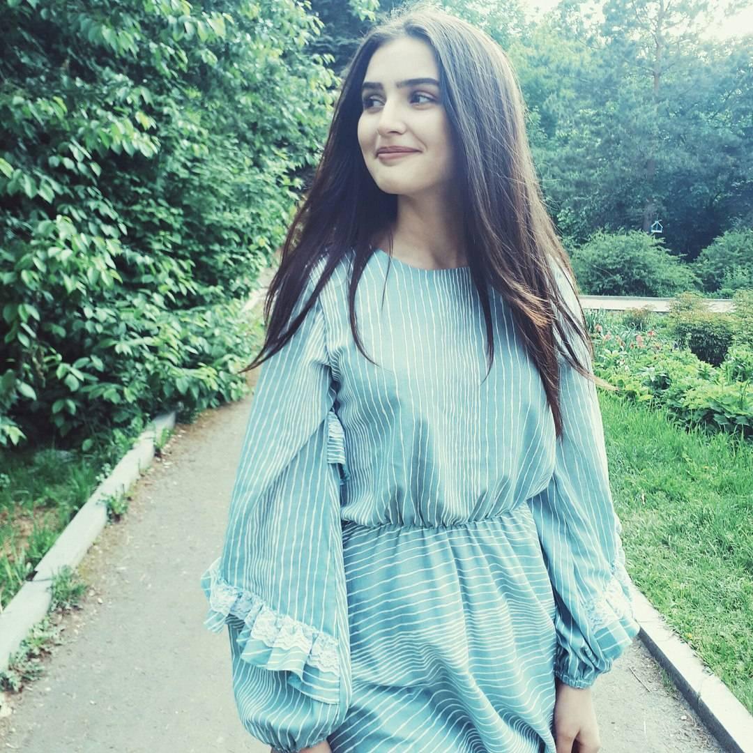 Дина саева: биография блогерши из tiktok