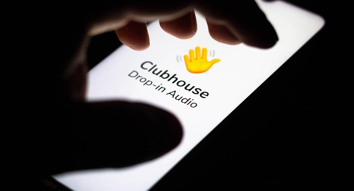 Как попасть в социальную сеть clubhouse, кто разработчики и как общаться