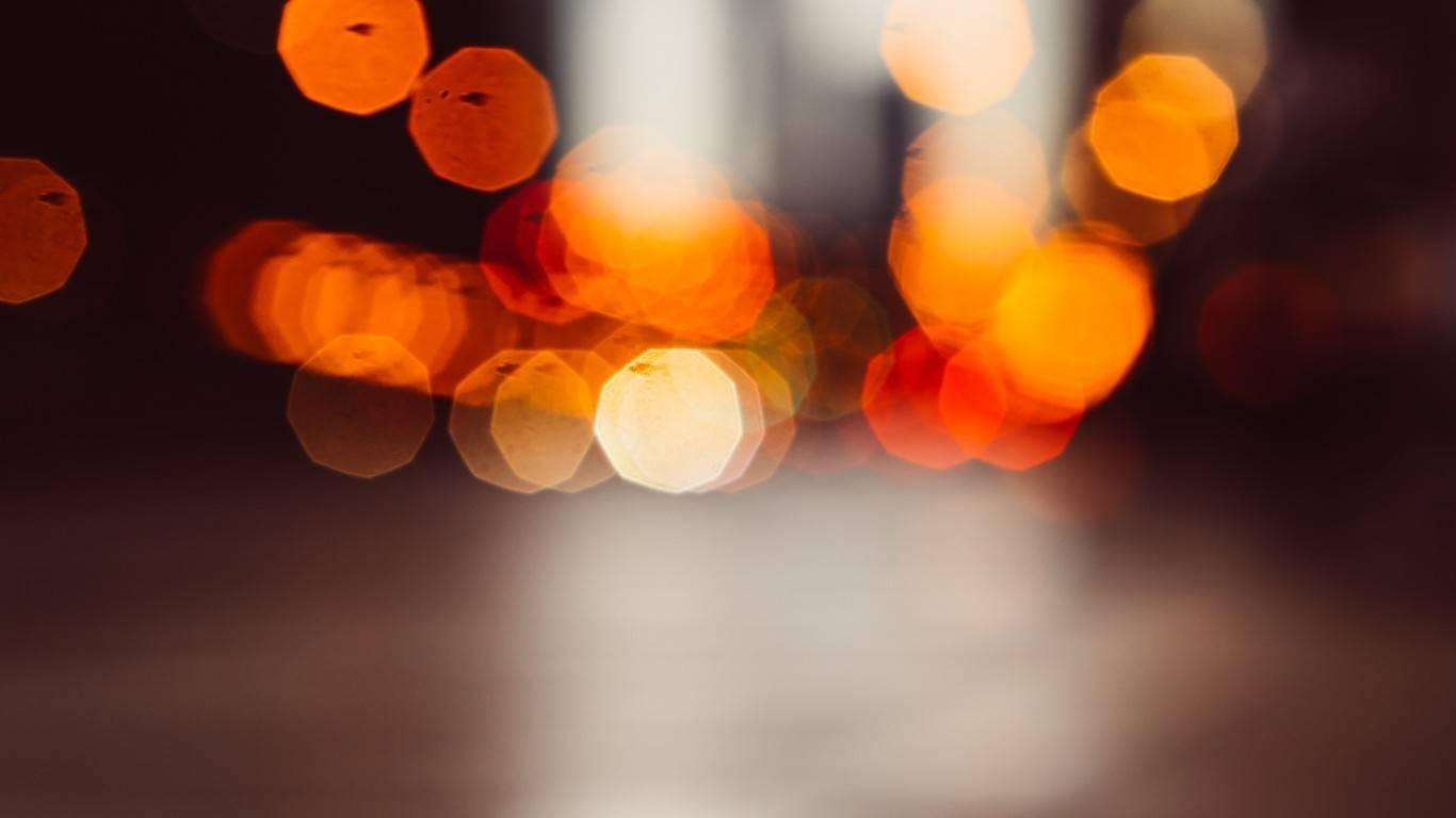 Вспышка в тик ток: как включить, как лучше снимать